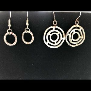 Jewelry - Five pairs of earrings for one price!